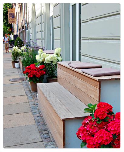 Copenhague - København - le bleurg de vanz - norrebro banquette hortensia