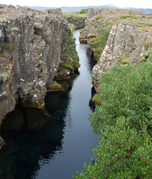 iceland-gulfoss-geysir-thingvellir-blue-lagoon