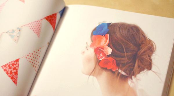 livre headband fleurs en papier